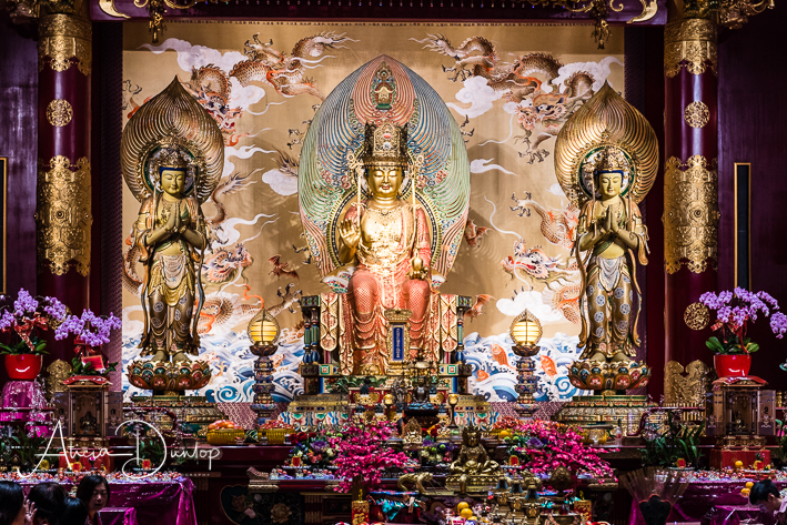 Around the World Travel - Singapore Places to See Inside the Buddha Tooth Relic Temple in Chinatown, Singapore